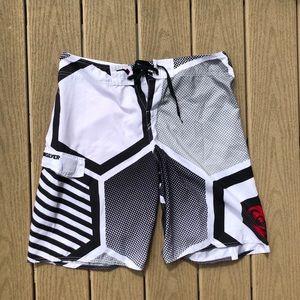 Quicksilver Men's Swimtrunks size 34
